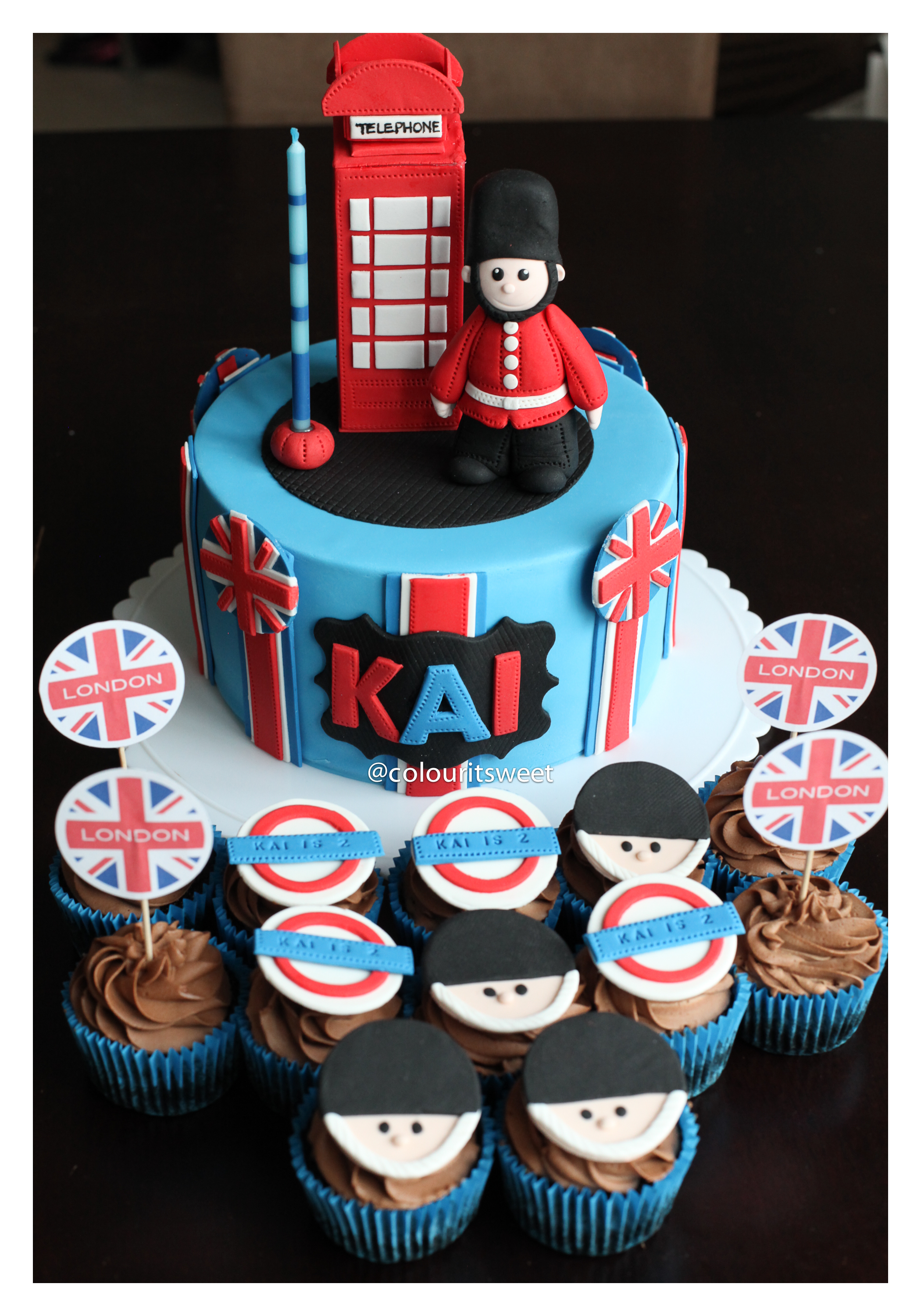London Cake Cupcakes Theme 187 Colour It Sweet